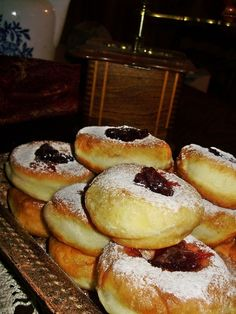 Babkine šišky Slovak Recipes, Czech Recipes, Russian Recipes, Doughnut, French Toast, Pizza, Favorite Recipes, Sweets, Bread
