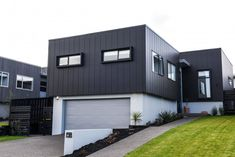 Stria® Cladding by James Hardie House Cladding, Cladding Panels, Exterior Cladding, Wall Cladding, Cladding Ideas, Facade House, Black Cladding, Aluminium Cladding, Building Elevation