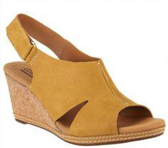 68.29$  Buy here - http://vimtg.justgood.pw/vig/item.php?t=fdh6u347539 - Clarks Nubuck Wedge Sandals Hook Backstrap Helio Float Yellow 9.5W NEW A260048