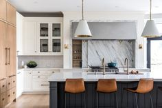 36 Home Design Trends Ready for Takeoff in 2021 Kitchen Interior, Kitchen Design, Kitchen Layout, Kitchen Color Palettes, Kitchen Trends, Kitchen Ideas, Kitchen Inspiration, Kitchen Photos, Transitional Kitchen