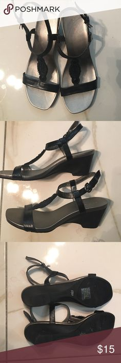 """Bandolino Black Ankle Strap Sandals Size 8M Stylish yet comfortable Sandals with a """"2"""" wedge.. New without box Bandolino Shoes Sandals"""