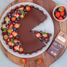 Healthy Chocolate Tart Recipe - Only 5 Ingredients Needed!