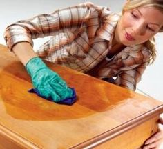 Naturally Repair Wood With Vinegar and Canola Oil. Use cup of oil, add cup vinegar. white or apple cider vinegar, mix it in a jar, then rub it into the wood. You don't need to wipe it off; the wood just soaks it in. Do It Yourself Furniture, Furniture Repair, Old Furniture, Furniture Projects, Furniture Makeover, Painted Furniture, Diy Projects, Furniture Refinishing, Waxing Furniture