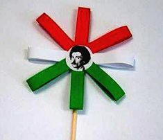 ünnepre Independence Day Activities, 15 August Independence Day, Diy And Crafts, Crafts For Kids, Arts And Crafts, Craft Activities, Preschool Crafts, School Board Decoration, Monkey Crafts
