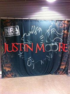 """Justin Moore meet & greet backstage on the """"Blood, Sweat & Beers"""" tour at the Eric Church concert"""