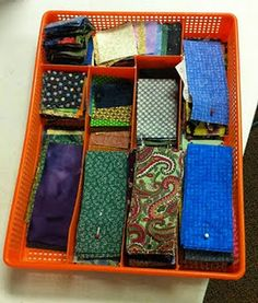 Project storage.....this lady has great ideas for breaking up your stash so you can use it! Many free patterns using her technique