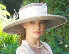 Derby Hat. Wide Brim Hat Cream & Taupe. Wedding Hat by AwardDesign