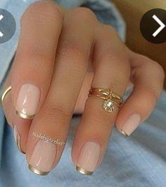 Nude dorado