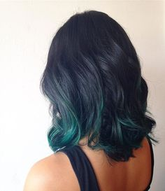 Fave of the day: emerald balayage!  #balayage #emerald #greenhair #green #greenhighlights #balayagehighlites #modernsalon #americansalon #behindthechair #creativecolor #vividhair #lnk #lnkhair #lnkstylist #lnkstyle #lincoln #nebraska #hair #hairstyle #art #gbr