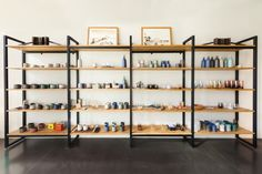 Tekio: A Modular Shelving Solution By Tanner Goods - Design Milk Trendy Furniture, Furniture Design, Interior Design Shows, Modular Shelving, Shelving Units, Shelving Solutions, Long Room, Bookcase Shelves, Bookcases