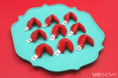 These Fruit Roll-Up fortune cookies: | Community Post: 14 Insanely Easy DIY Valentine's Day Treats That'll Spread Some Serious...