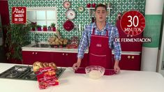 Hallullas Caseras - YouTube Christmas Sweaters, Youtube, Sandwiches, Hot, Pie Recipes, Breads, Homemade, Half Moons, Hamburgers