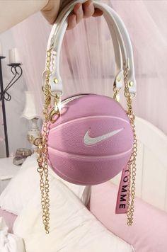 Luxury Purses, Luxury Bags, Nike Roses, Sacs Louis Vuiton, Aesthetic Bags, Aesthetic Fashion, Sacs Design, Accesorios Casual, Cute Purses