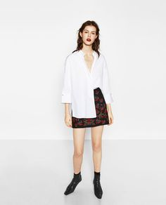 Zara EMBROIDERED MINI SKIRT $49.90 --> 30