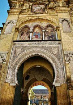 Puerta del Perdon. Mezquita dd Cordoba