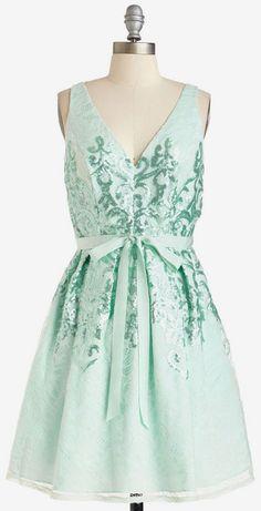 Dazzle Show 'Em Dress