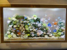 Another 1/12 scale model fish tank  made by Miyuki Kobayashi.