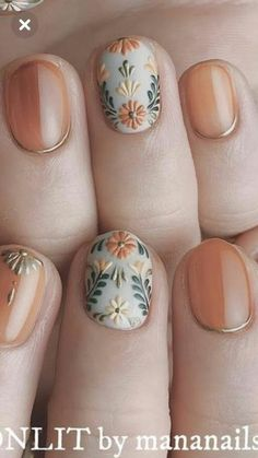I hope the beautiful nail style can bring you a good mood in autumn. Eplore creative and beautiful nail art & nail designs to inspire your next manicure. Try these fashionable nail ideas and share them with us at Cute Nail Colors, Cute Nail Art, Cute Nails, Pretty Nails, Nail Art Halloween, Manicure E Pedicure, Autumn Nails, Nagel Gel, Flower Nails