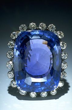 Emmy DE * The magnificent 423-carat Logan Sapphire was cut from a crystal mined in Sri Lanka and is one of the world's largest faceted blue sapphires (it is about the size of an egg). Smithsonian Collection