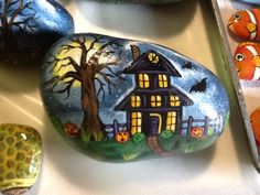Halloween rock...nicely done!