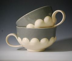 charming Scallop Cups from potter Laurel Begley (lbegley on Etsy)