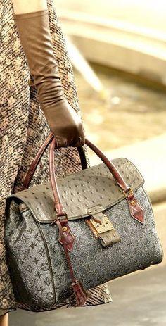 9271d27072ea7d 2019 New LV Collection For Louis Vuitton Handbags women Fashion #Louis  #Vuitt.