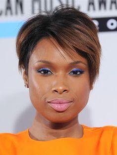 New Year's Eve makeup inspiration #2: Jennifer Hudson's cobalt liner