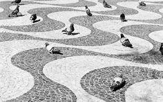paving pattern, Copacabana boardwalk inRio de Janeiro, Brazil, by Roberto Burle Marx