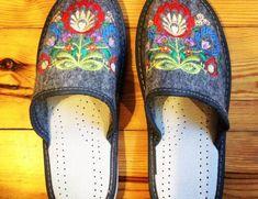 The Curious Case of Polish Slippers - Kielbasa Stories