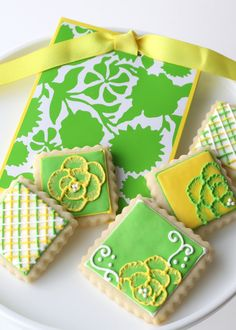 spring flowers and green for st patty's day cookies!