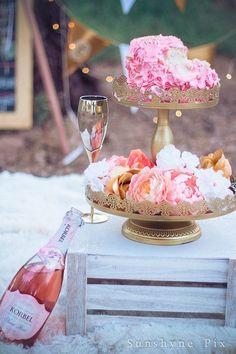 Grown Up Cake Smash Session for a Golden Birthday Golden Birthday Cakes, Birthday Cake Smash, 30th Birthday Parties, Birthday Celebration, Adult Cake Smash, Birthday Photography, Party Photography, Cake Smash Photos, Birthday Pictures