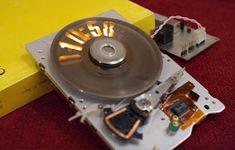 Strobeshnik HDD Clock
