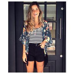 "⠀⠀⠀⠀⠀⠀⠀⠀⠀Hurbana no Instagram: ""Kimono floral franjas r$ 169, || cropped listras r$ 69, || hot pant r$ 159, || colar garden ametista r$ 59, #lookoftheday #hurbana #modaparameninas"""