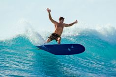 A Maldives Surfing Safari - Articles - DeparturesA Manhattan mom, four teenagers and a former pro surfer named Wingnut go in search of epic waves in the Indian Ocean via the Four Seasons.