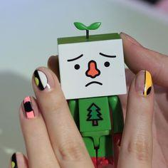 Nail Unistella by EK . Lab - [#유니스텔라트렌드]✨  아이디어가 돋보이는  #레코드네일 #디자인네일 ... Korean Nail Art, Korean Nails, Usb Flash Drive, Uni, Instagram, Usb Drive