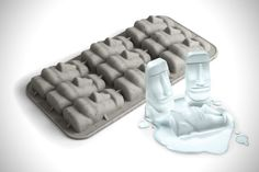 Bring a taste of the famous Easter Island moai statues right to your home! This Moai statue ice cube tray creates novelty shaped ice cubes to chill your drinks. They're great for parties! Ice Cube Molds, Ice Cube Trays, Ice Cubes, Silicone Ice Trays, Silicone Molds, Cold Ice, Gelatine, Stone Statues, Easter Island