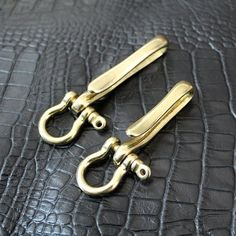Items similar to Brass Swivel Solid D Ring Buckle Screw and U Hook Handcraft Senior Leather Hardware Two Style on Etsy Leather Key Case, Leather Wallet, Scarf Storage, Paracord, Edc Everyday Carry, Hardware, Edc Gear, Leather Projects, Wallet Chain