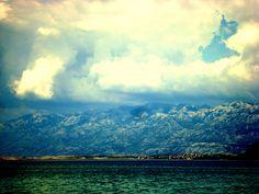 sea mountains and sky
