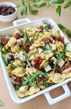 Tortellini, Polish Recipes, Pasta Salad, Grilling, Healthy Recipes, Healthy Food, Lunch Box, Food And Drink, Baking