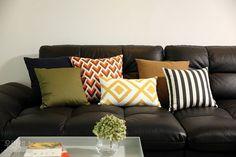 contrasting colors decorative pillows