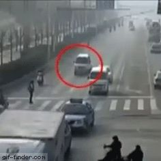 Bizarre accident | Gif Finder – Find and Share funny animated gifs