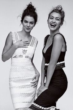 Kendall Jenner and Gigi Hadid by Gregory Harris for Vogue, November 2015 // soph. - Kendall Jenner and Gigi Hadid by Gregory Harris for Vogue, November 2015 // sophie - Shooting Pose, Vogue Fashion, Fashion Models, Fashion Group, Dress Fashion, Teen Fashion, Style Fashion, Pretty People, Beautiful People