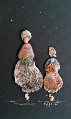"""Vintage ladies"" from Pebbles and seashells pebble art by Hara Sea Crafts, Sea Glass Crafts, Sea Glass Art, Nature Crafts, Stone Crafts, Rock Crafts, Arts And Crafts, Seashell Art, Seashell Crafts"