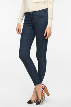 BDG Seamed High-Rise Jean - Blue - Urban Outfitters