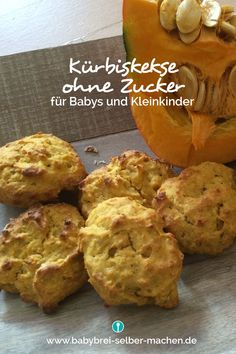 Recipe for sweet pumpkin biscuits without sugar for babies from 10 months - Babybrei und Beikost: Rezepte und Tipps - Baby Snacks, Fish Recipes, Baby Food Recipes, Avocado Baby Food, Recipe For 10, Biscuit Sandwich, Biscuit Recipe, Chocolate Biscuits, Homemade Baby Foods