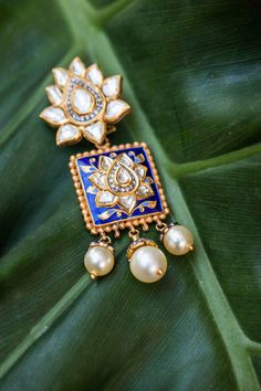 bridal jewelry for the radiant bride India Jewelry, Gold Jewelry, Jewelery, Pearl Jewelry, Jewelry Sets, Luxury Jewelry Brands, Jewelry Branding, Branded Jewellery, Jewellery 2017