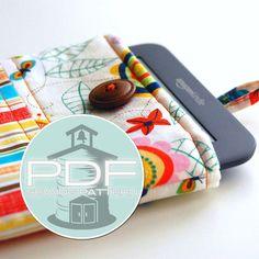 iPad mini Kindle tablet sleeve case sewing by SchoolhousePatterns