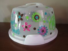 Bright Flowers Cake Carrier. $40.00, via Etsy.