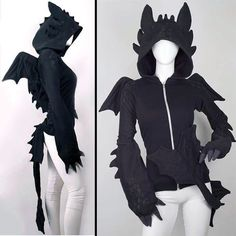 Awesome dragon sweatshirt. Id totally rock this.