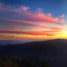 A group of women couldn't pass up the opportunity to hike to Tennessee's tallest peak and stay at the one-of-a-kind LeConte Lodge.